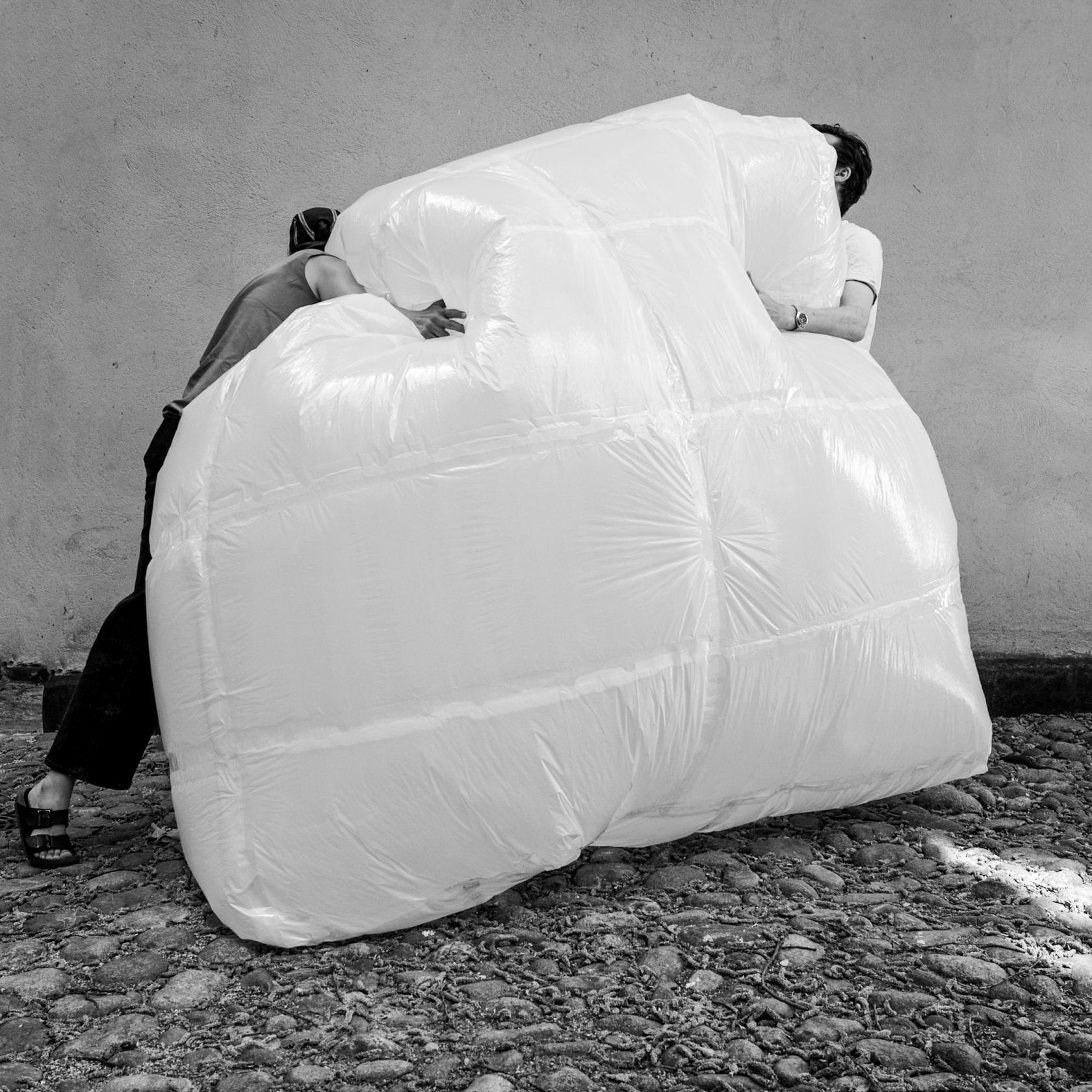 Hug-Airbag_001